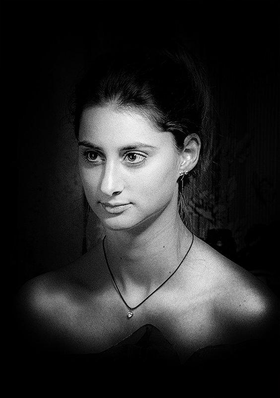*** - Алена Белодедова