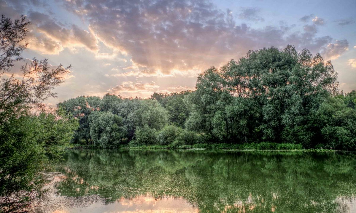 река..утро..облака.. - юрий иванов