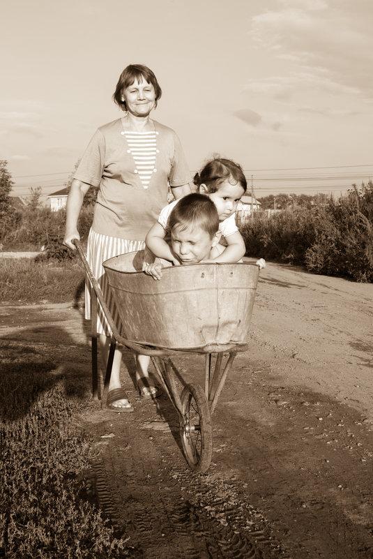 С бабушкой в деревне - Юлия Супенко