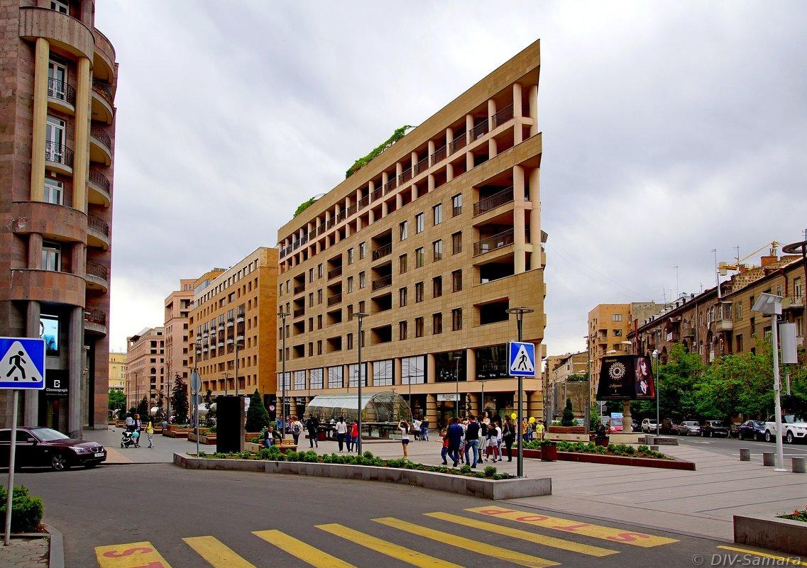 Северный проспект в Ереване - Денис Кораблёв
