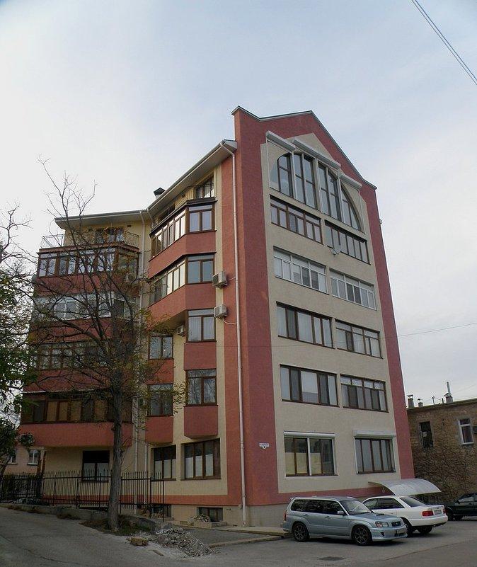 Дом № 8 - Александр Рыжов