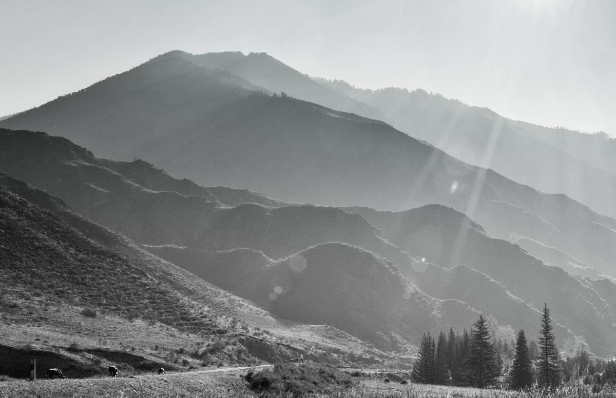 Утро в горах. - Олег Игуменов