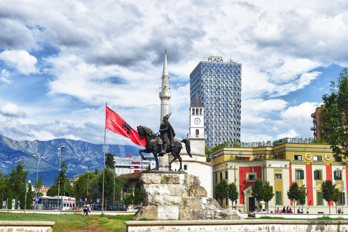 Центральная площадь Тираны - Светлана Игнатьева
