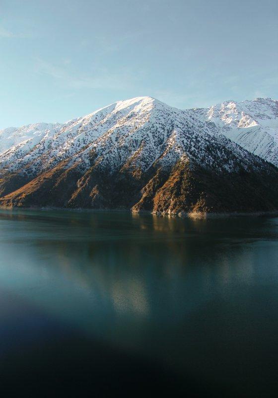 Озеро Кара-Суу (Кыргызстан, Джалал-Абадская область) - Maxim Claytor