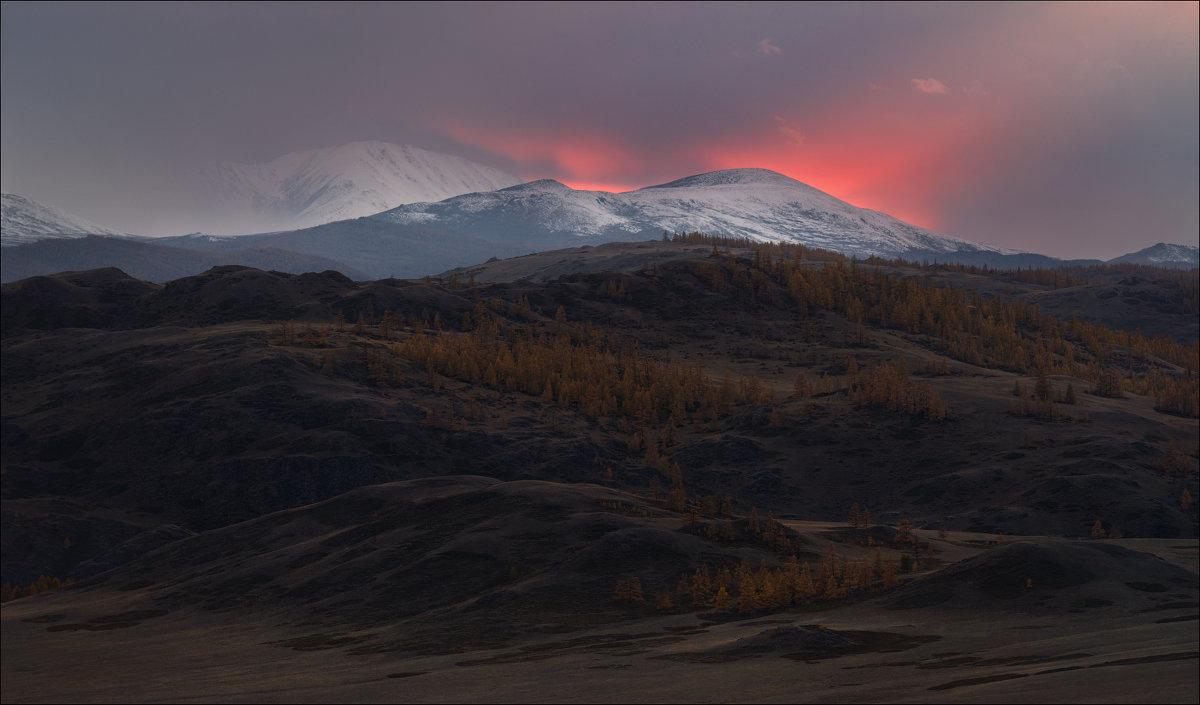 Как горы спать ложились .. - Влад Соколовский