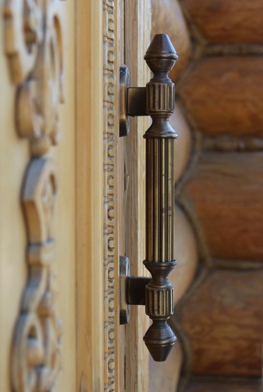 Дверная ручка - Алексей Мамаев