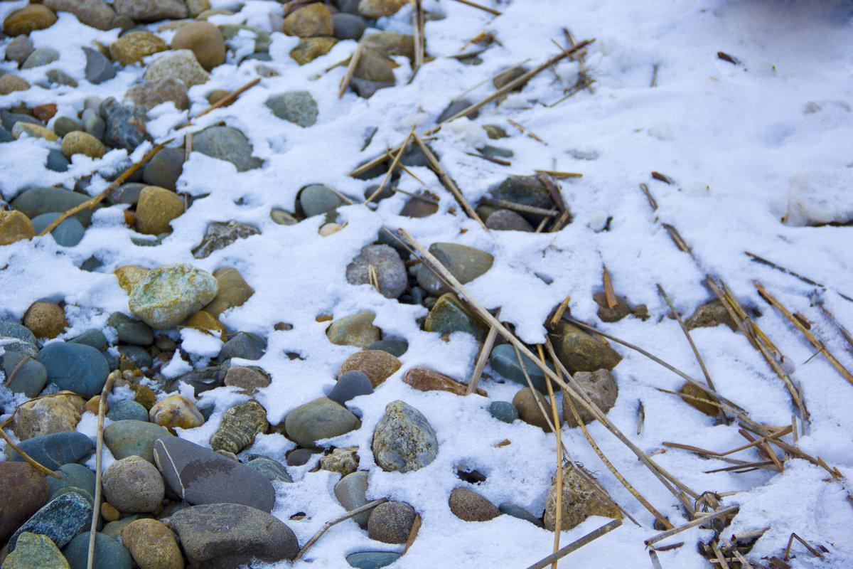 камни и снег - Oksana Verkhoglyad