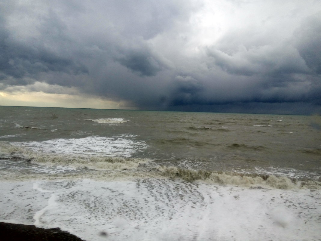 шторм на Черном море - Антонина Владимировна Завальнюк