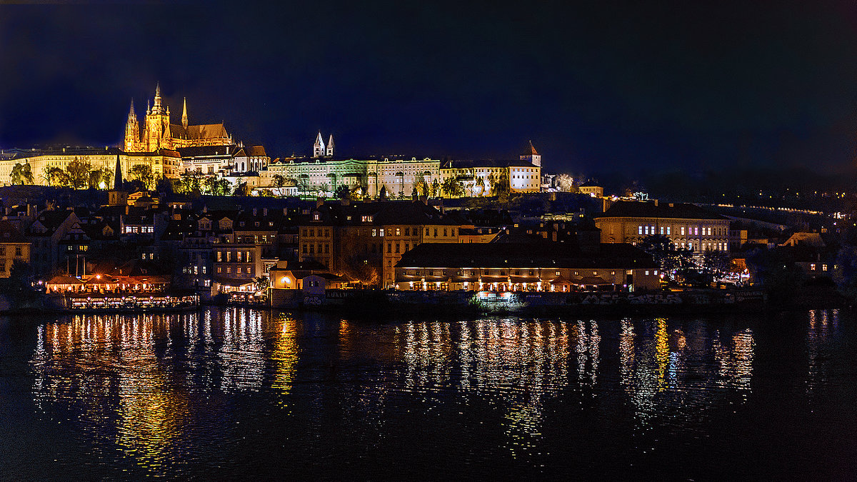 Ночная Прага - Александр