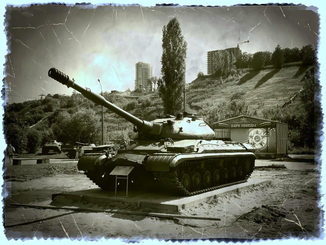 Тяжелый танк Т-10М - Андрей Головкин