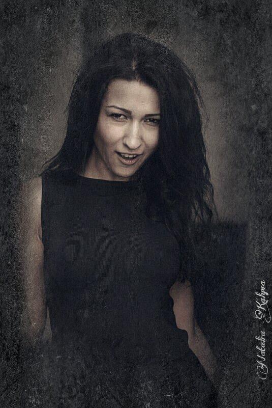 Victoria - Natalia Kalyva
