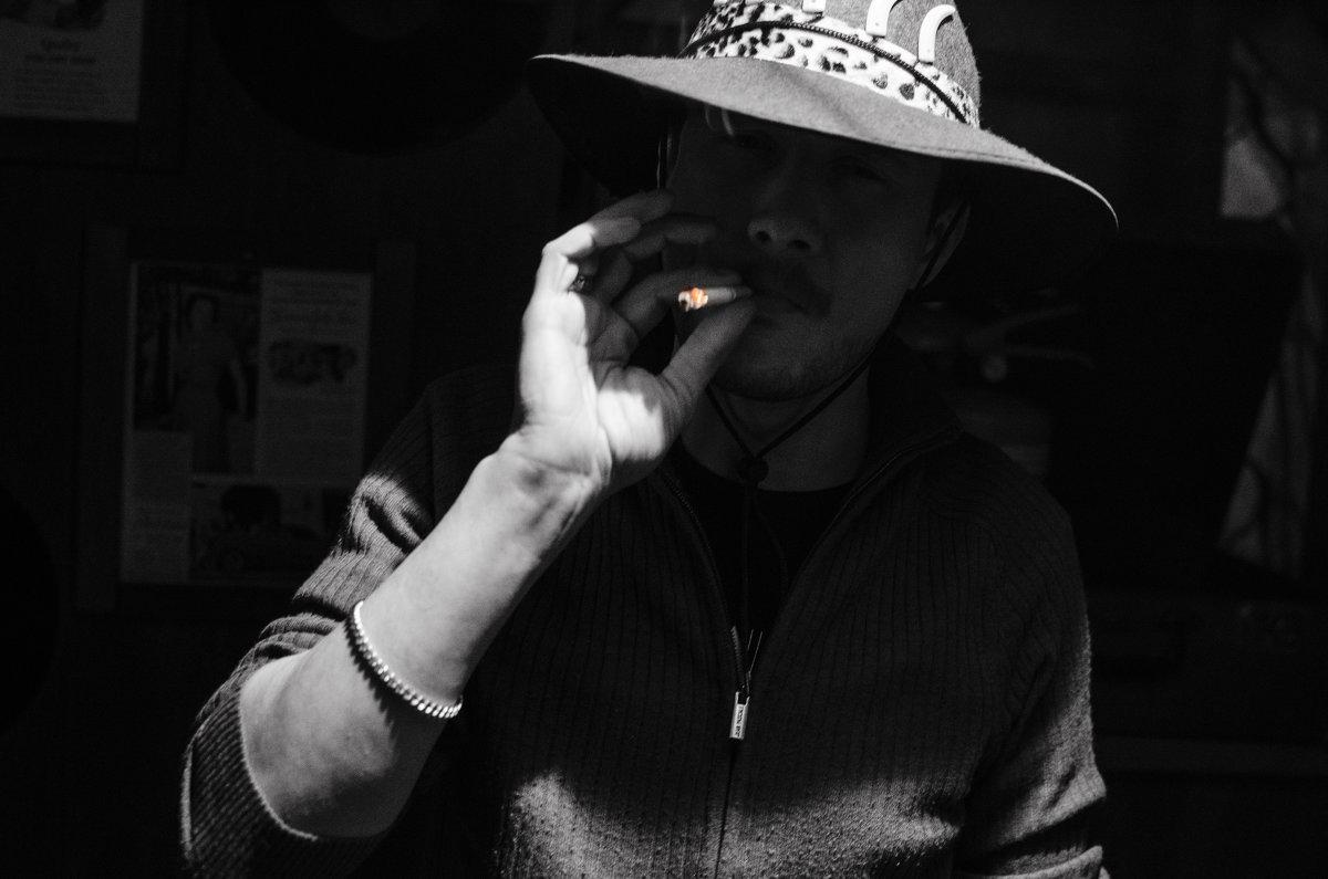 Cowboy from hell - Роман Шершнев