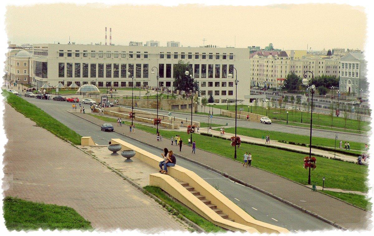 Фотообстрел из кремлевских стен... - Андрей Головкин