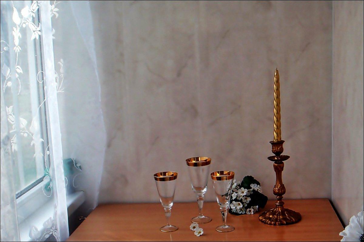 Этюд со свечой на балконе - Нина Корешкова