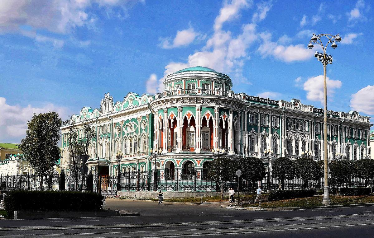 Дом Севастьянова - Евгений Дубинский
