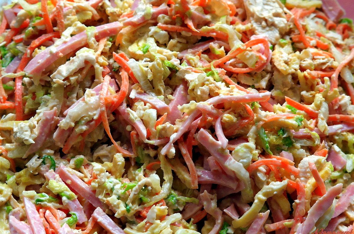 А не откушать ли салатику с кальмарами? - Андрей Заломленков