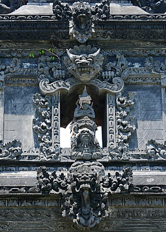 Фрагмент храма - Асылбек Айманов