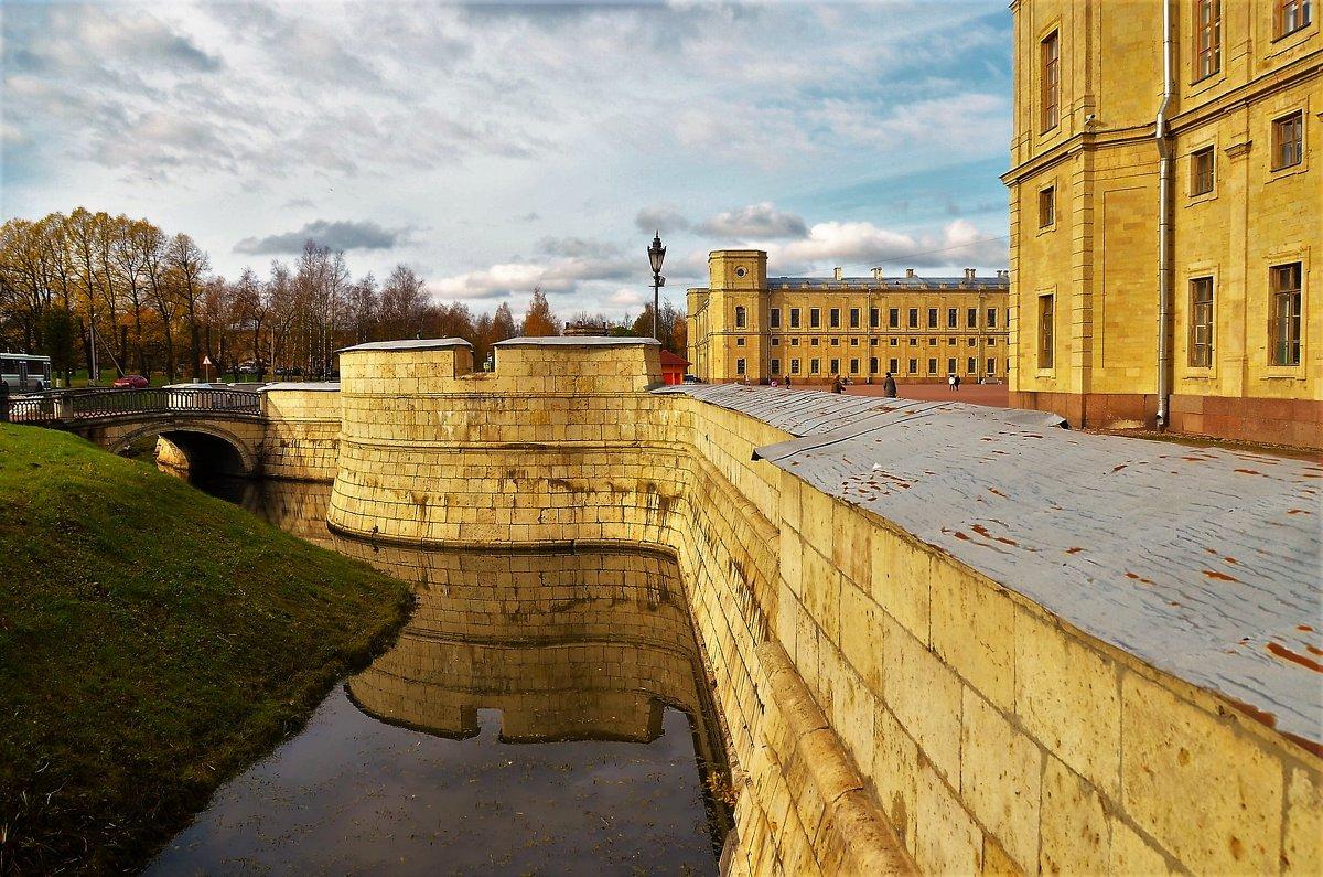 Отражение дворцового рва... - Sergey Gordoff