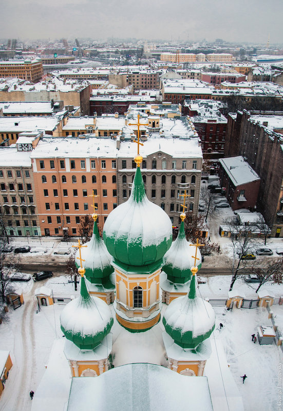 Над зимним Санкт - Петербургом. - Георгий Ланчевский