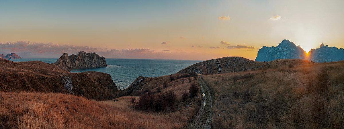 Панорама Тихой бухты - Глеб Буй