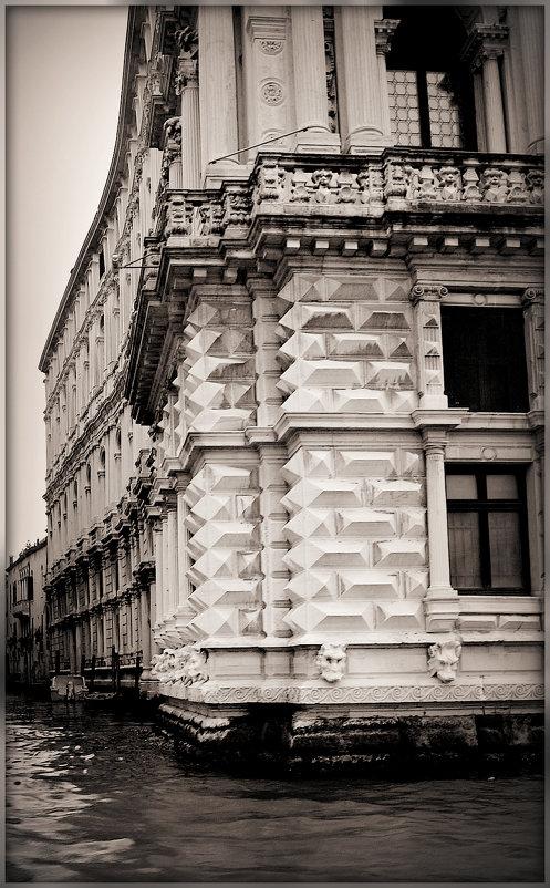 Дома на воде..(Венеция) - Galina Belugina