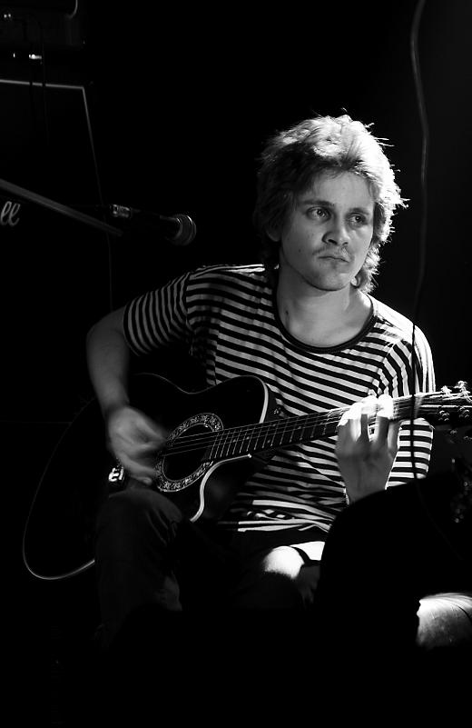 Гитарист 2 рок концерт