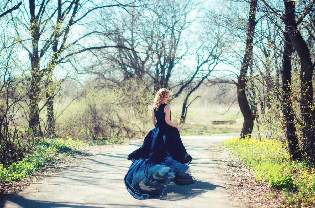 Девушка Весна - Наталья Дубовая