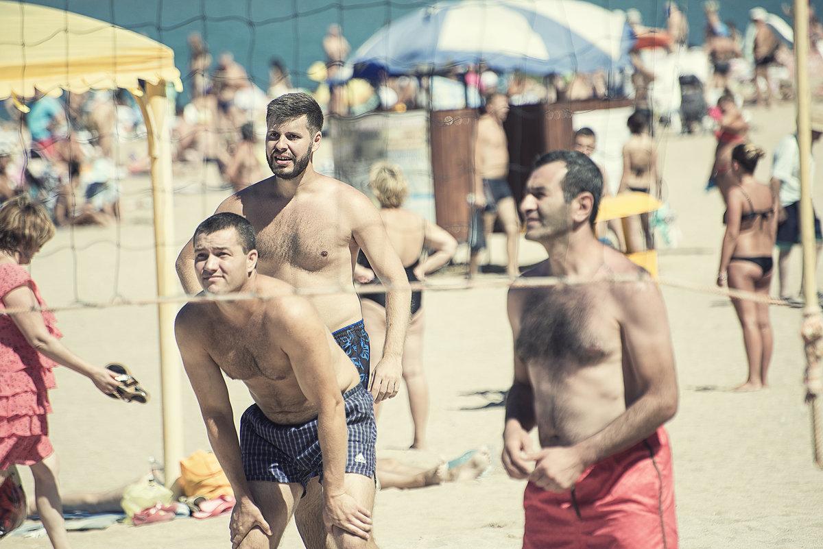 Пляжный волейбол. - Лилия .
