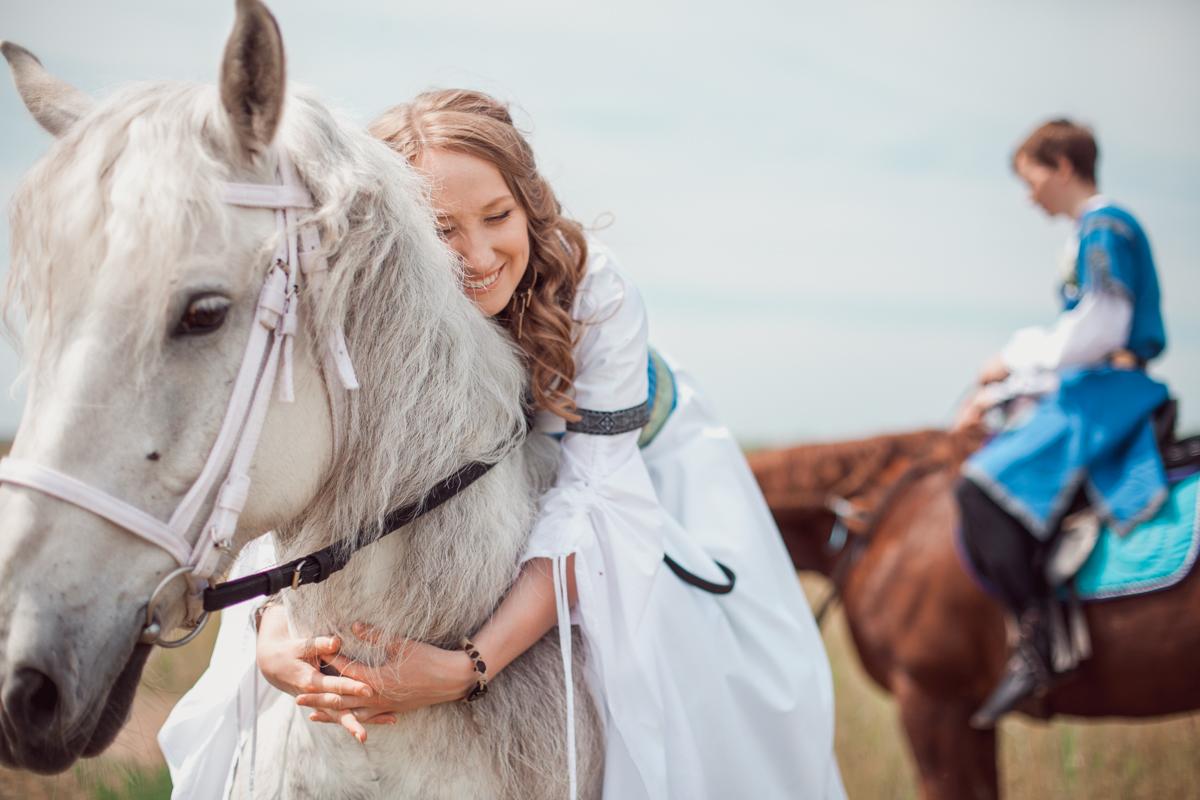 назад в средневековье - Раиса Ибрагимова