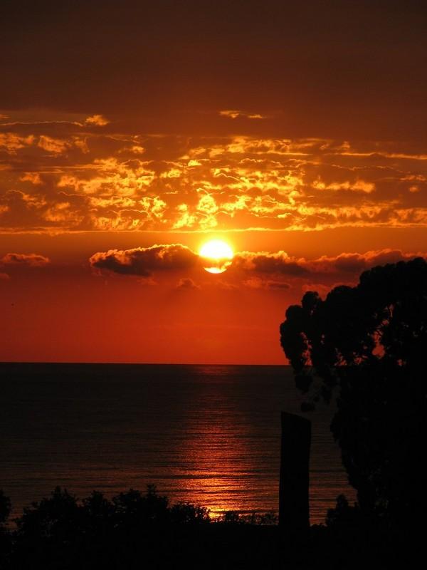 солнце ложится на морскую гладь,Абхазия - Dasha Kozhalo