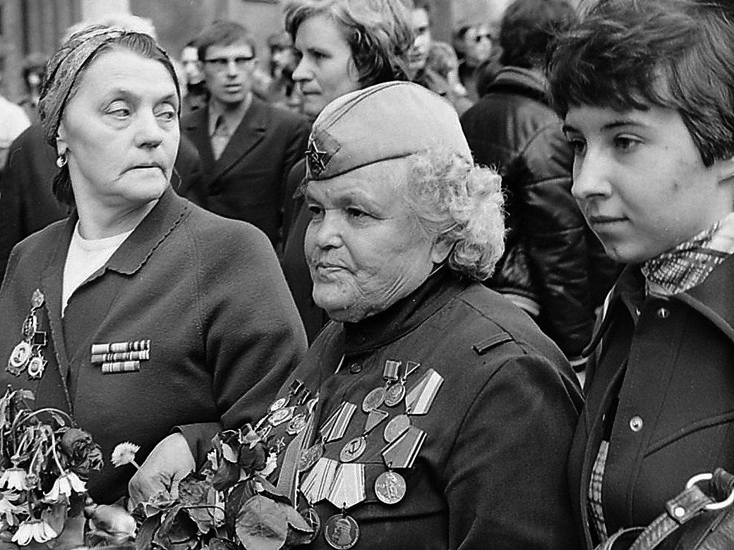 Артисты фронтовой бригады. - Николай Кондаков