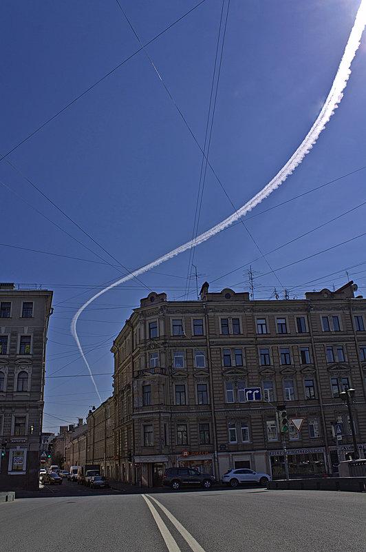 Летчик обогнул препятствие, не снижая скорости... - Senior Веселков Петр