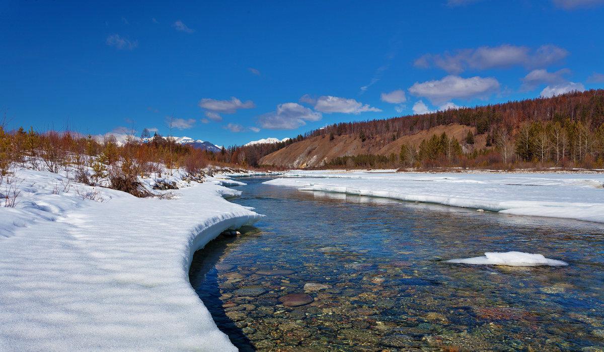 Прозрачные воды весенней реки - Анатолий Иргл