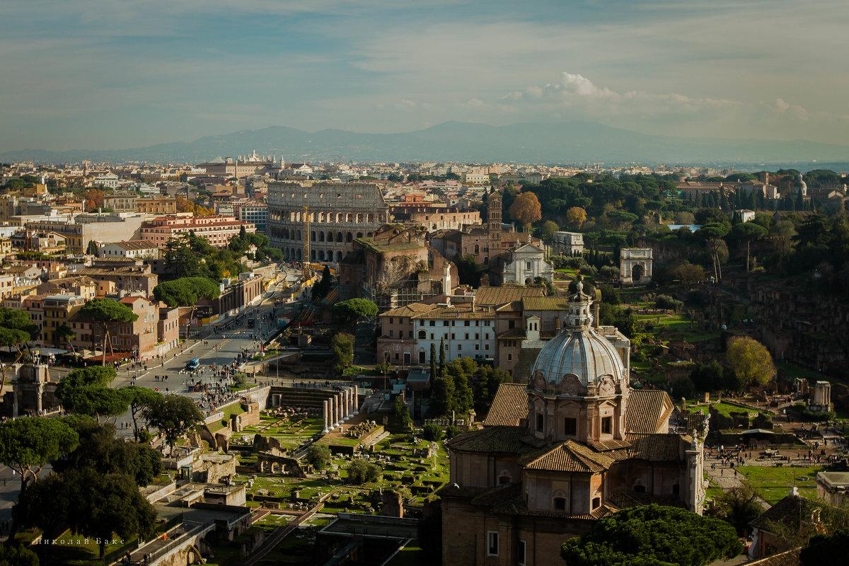 Вид сверху на Рим - Николай Бакс