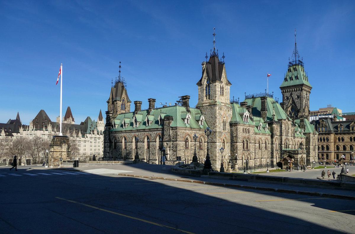 Западный блок канадского парламента в Оттаве - Юрий Поляков