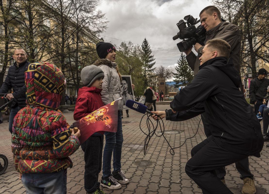 9 Мая,актуальное интервью - Олег Мартоник