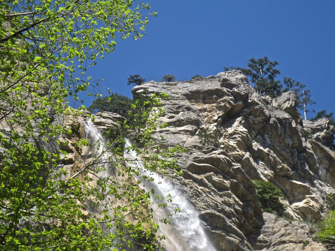 водопад Учан-Су на Ай-Петри - Елена