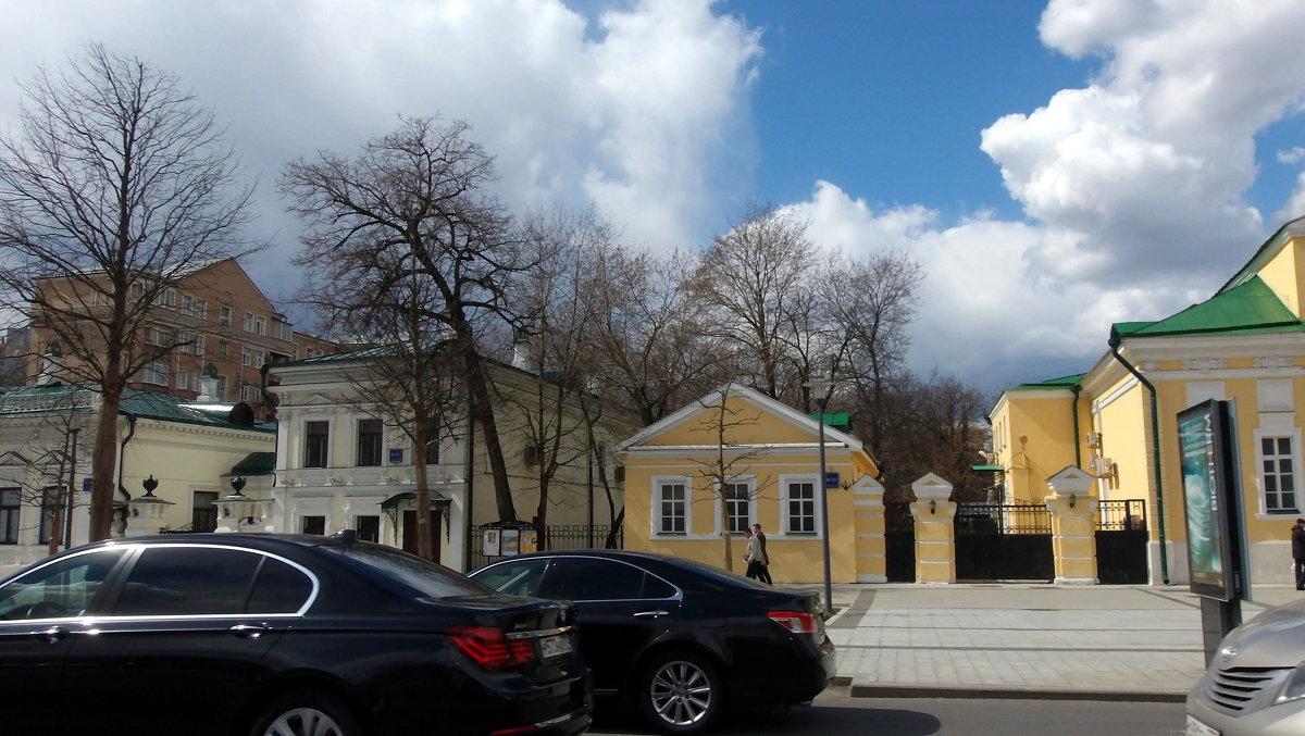 Прогулки по Москве. - Елена
