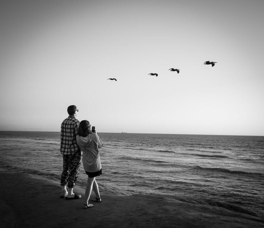На берегу Тихого океана - Андрей Крючков