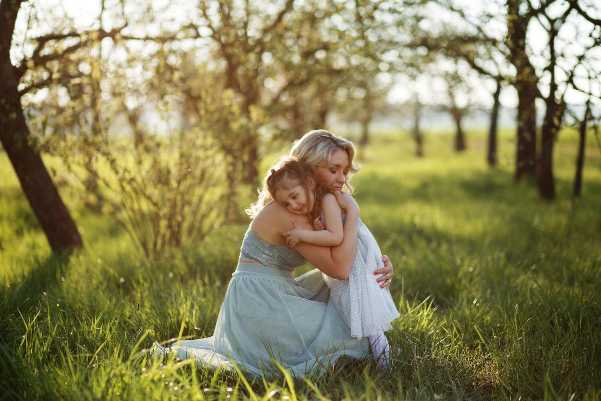 Мама - это целый мир, в котором всегда уютно. - Natallia Ritter