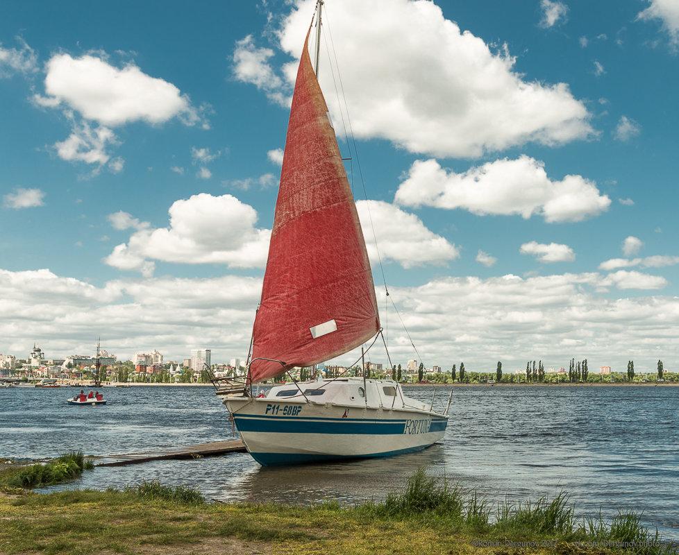 прокат лодки в алых парусах