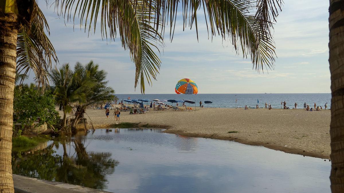 Thailand, Phuket, пляж Karon. - Elena Izotova
