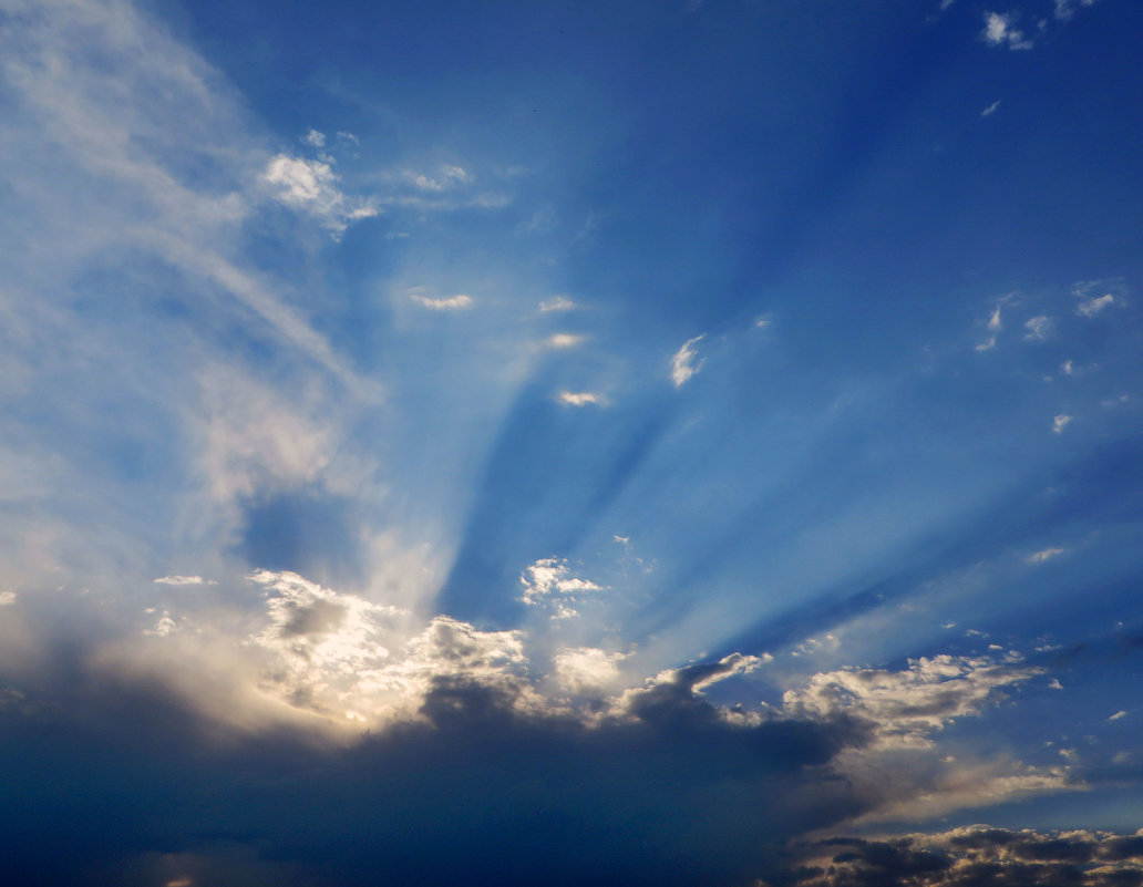 Солнце прячется за тучки - Наталья (D.Nat@lia)