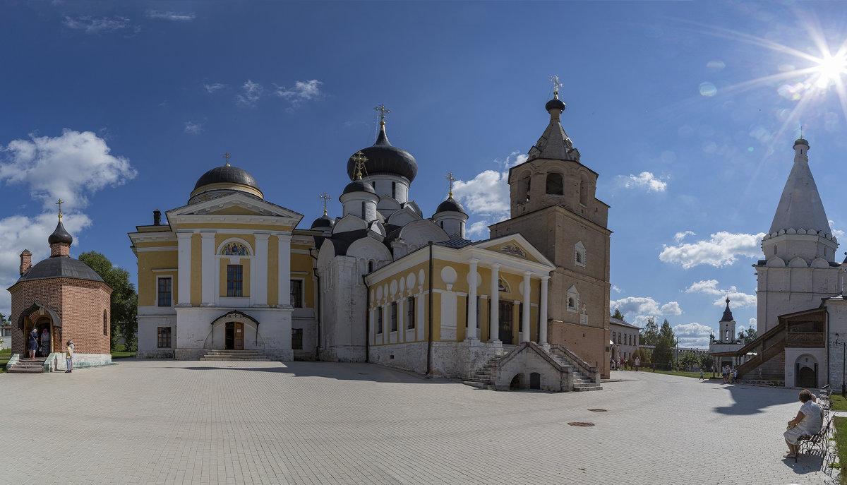 Свято-Успенский Старицкий Монастырь - Yuri