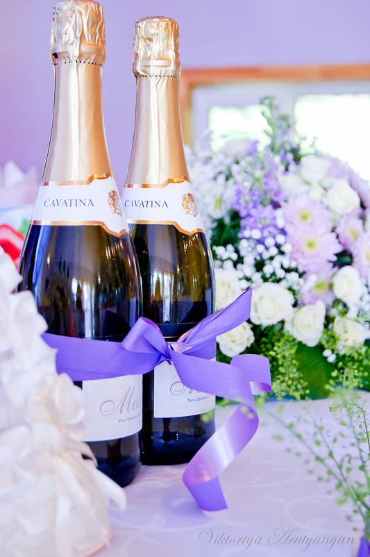Для чего нужно шампанское на свадьбе