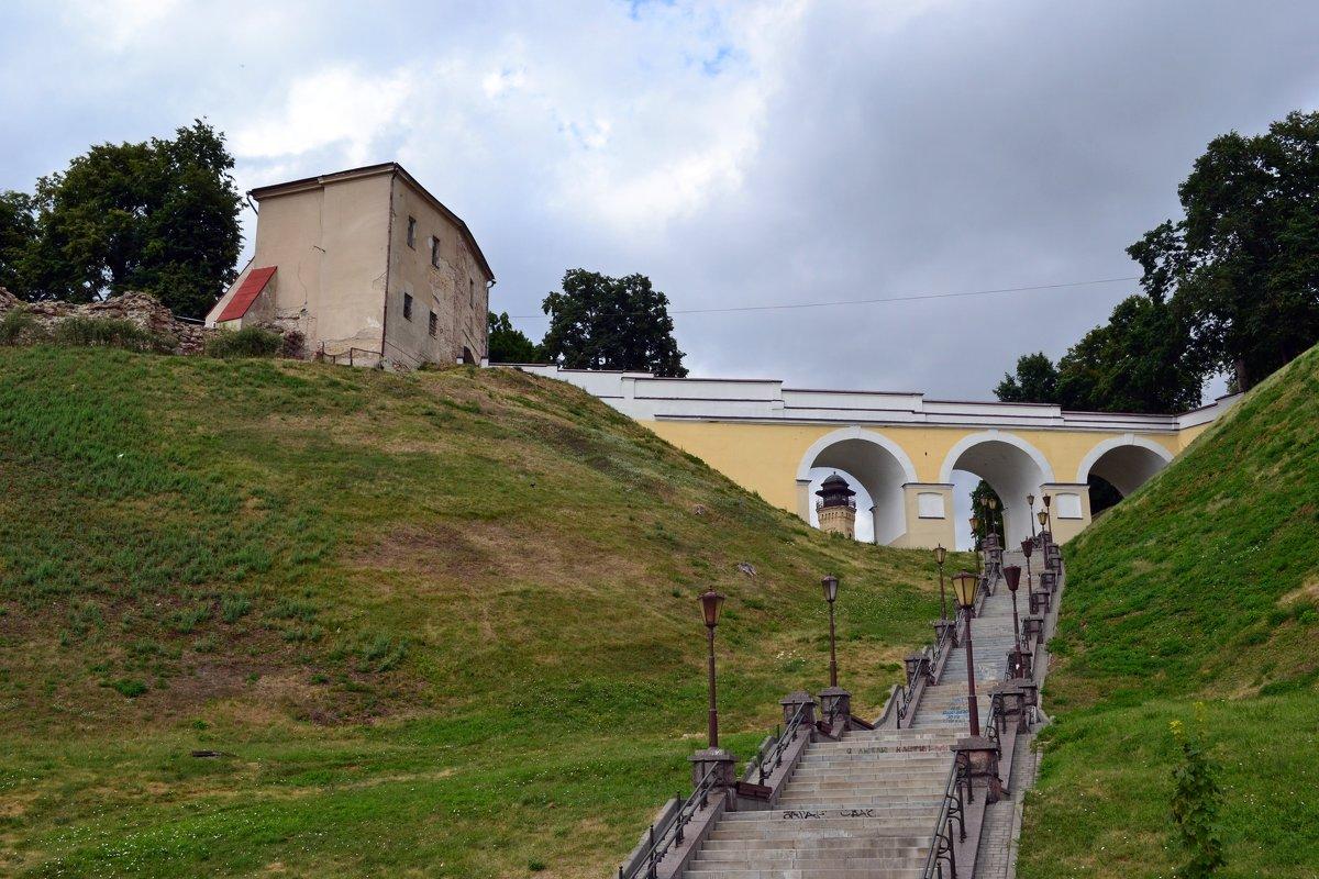 У стен замка - Ольга