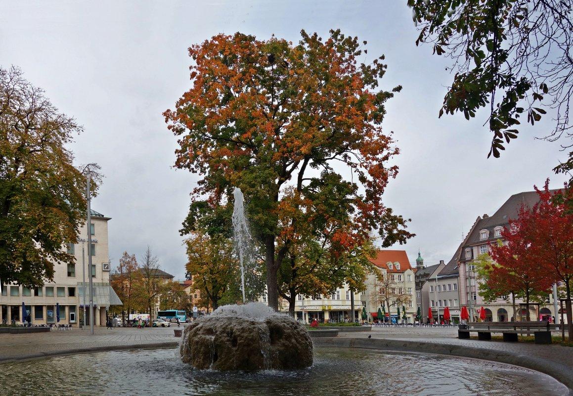 Осень... в городе Augsburg - Galina Dzubina
