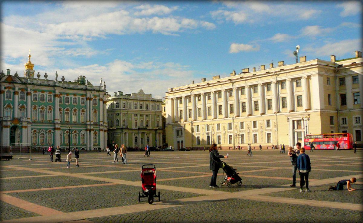 На Дворцовой площаде - Galina Belugina