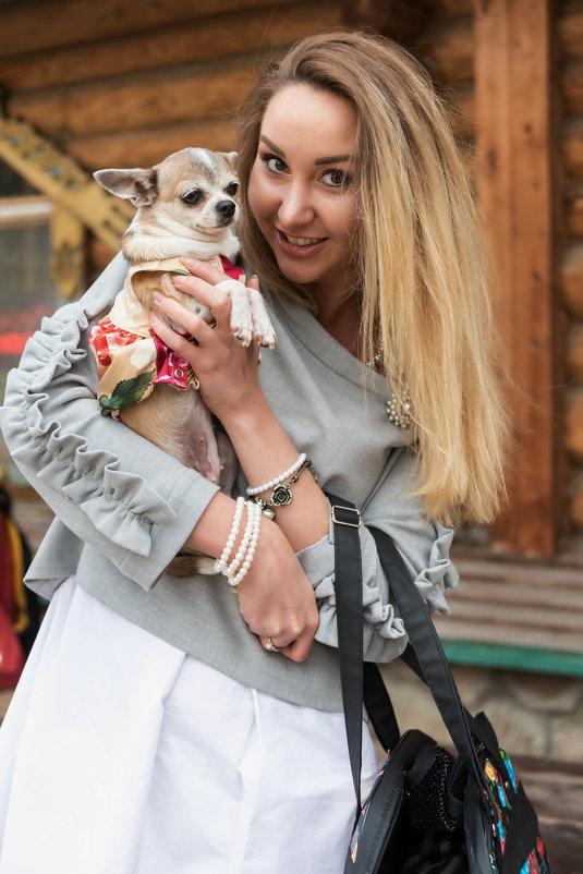 Дама с собачкой - Борис Гольдберг