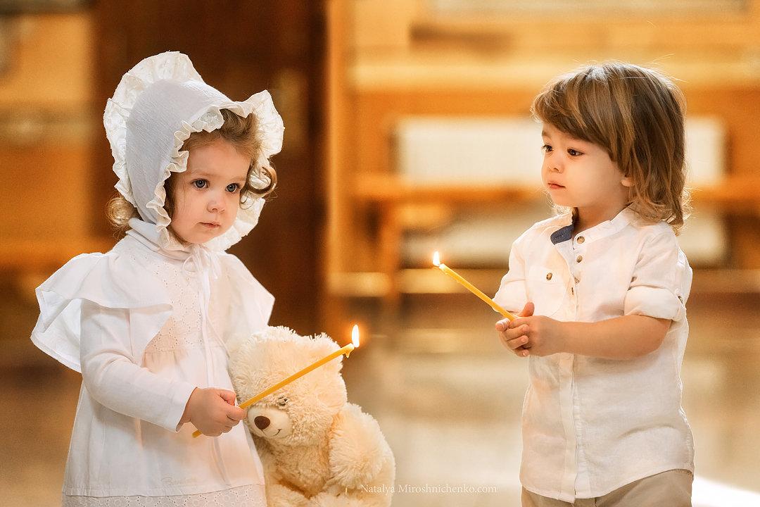 Малыши в храме. - Наталья Мирошниченко